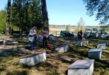 Karių kapų tvarkymas 3